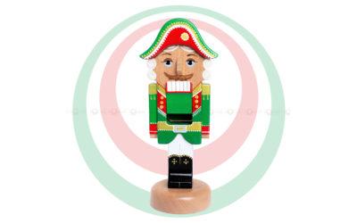 Игрушка деревянная «Щелкунчик», зеленый